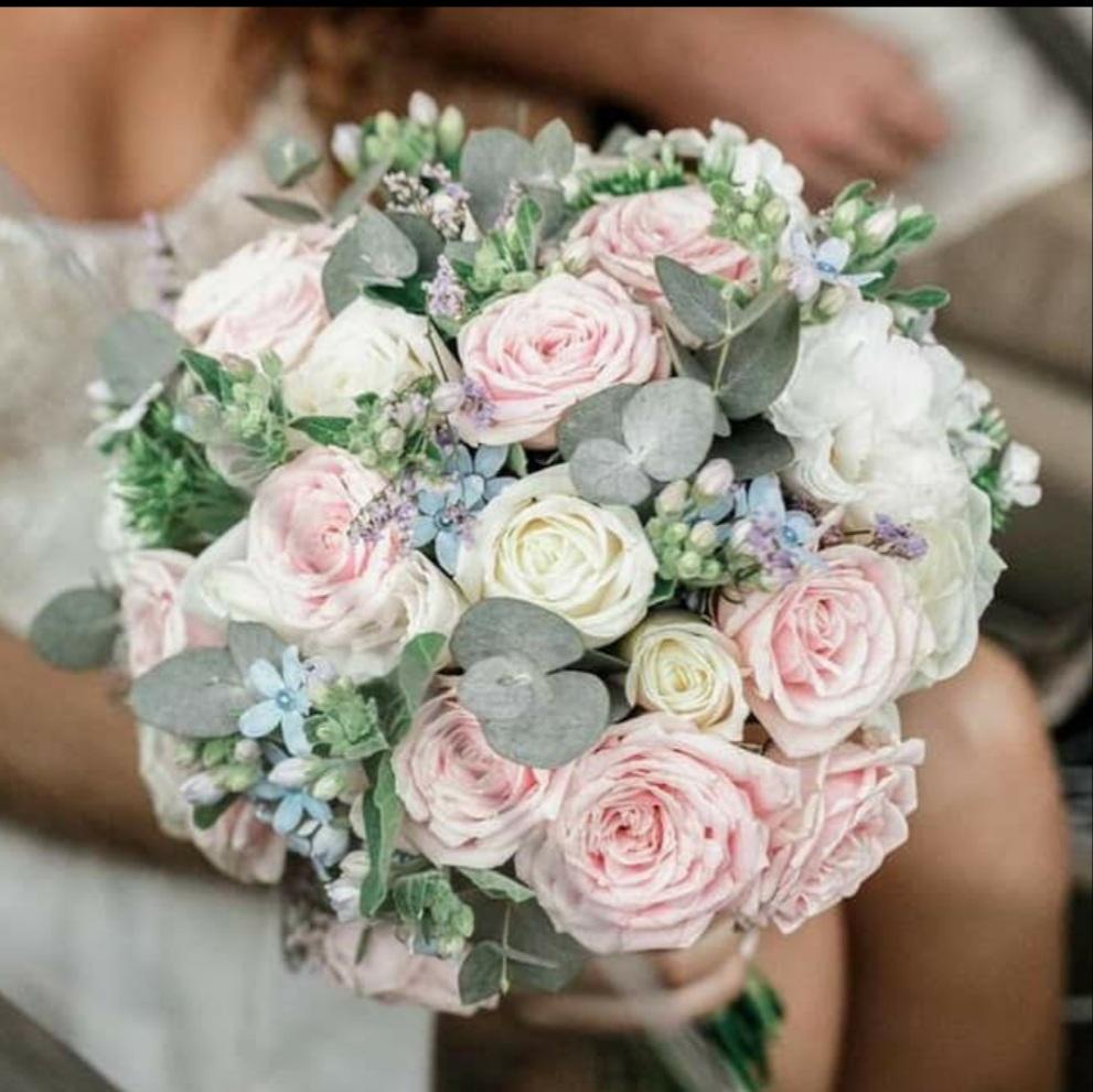 זר כלה ורדים צבעוניים